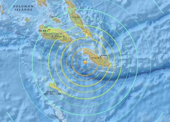 New Zealand Says Tsunami Threat Has Eased After Pacific Quake !