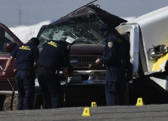 'She was running for her life' Mother of 4 wanted new life in America. But she died in deadly crash near US-Mexico border !