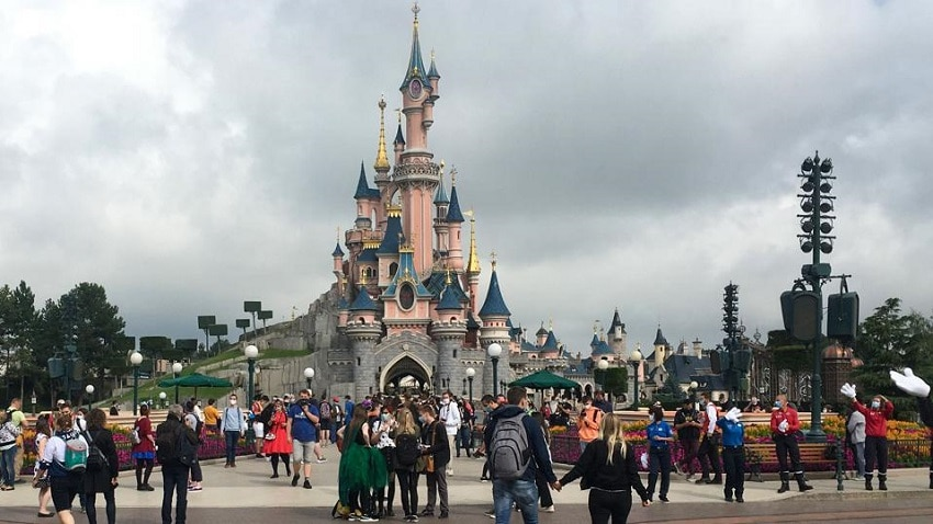 'We have waited so long for this' Disneyland reopens after 412 days !