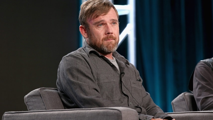 'You're gonna listen to these people' Ricky Schroder films himself confronting Costco employee over mask policy !
