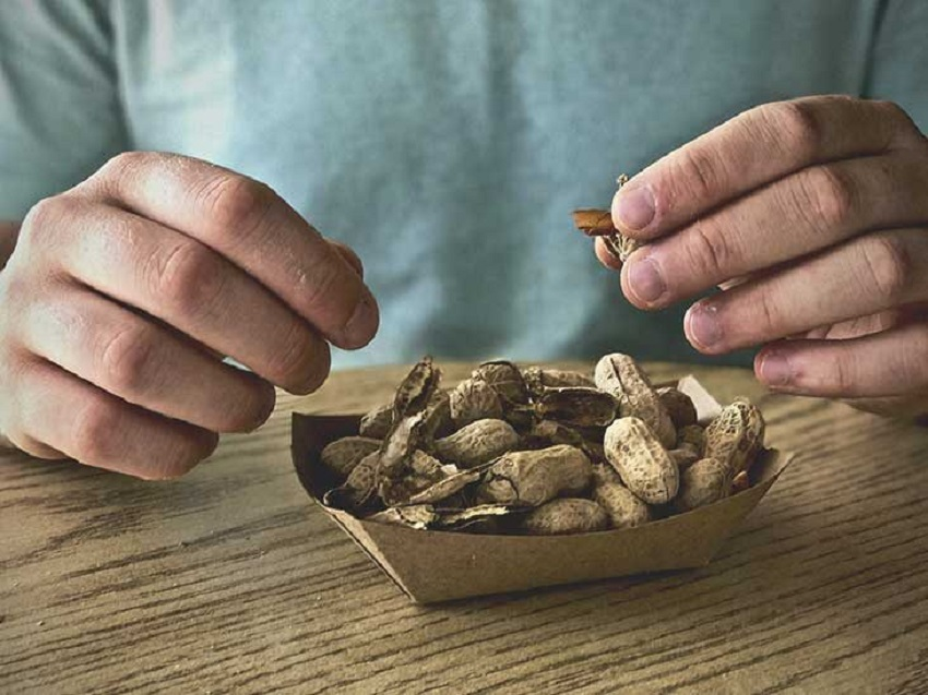 The Benefits and Risks of Peanuts for People with Diabetes !